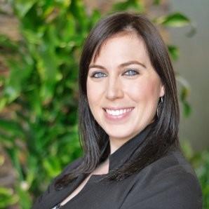 Megan Riddle headshot