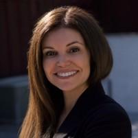 Laura Padilla headshot